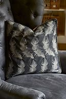 RESIDENZA FEATHER PILLOW COVER DARK GREY 50X50