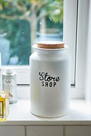 THE STORE STORAGE JAR