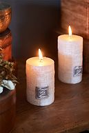 RM LINEN CANDLE OFF WHITE 10X7