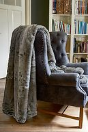 CHINCHILLA FAUX FUR THROW 240X220